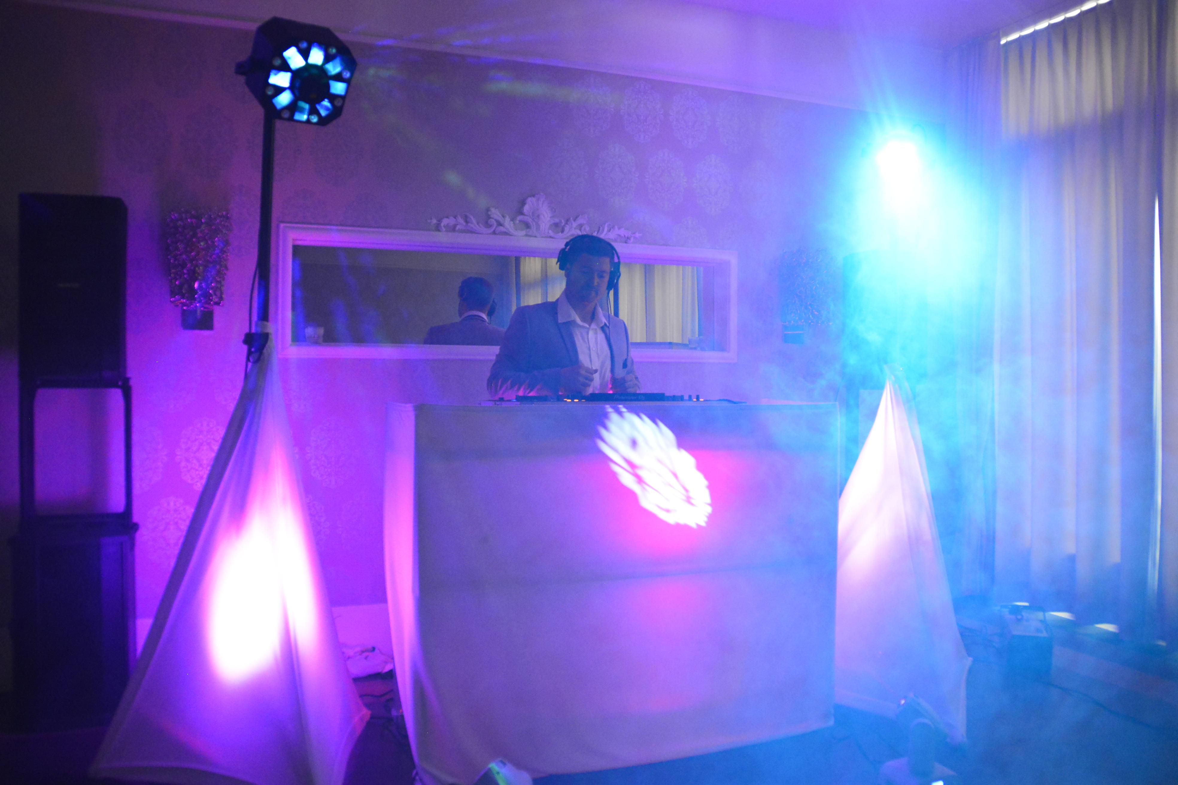 Hochzeitsdj DJ Beed im Schloss Hünigen