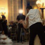 Hochzeitsparty mit Hochzeitsdj