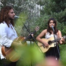 romantic-acoustic-band-switzerland-wedding